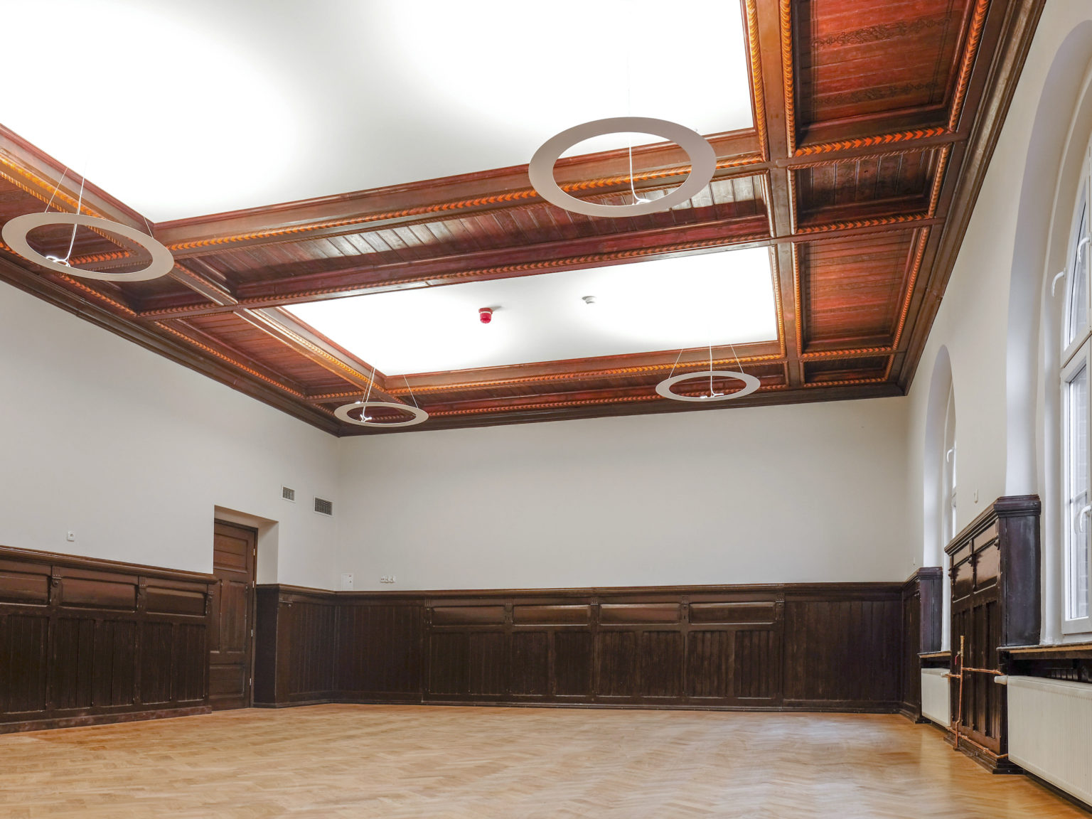 Zdjęcie przedstawiające pomieszczenie w budynku przy ul. Dąbrowskiego 7