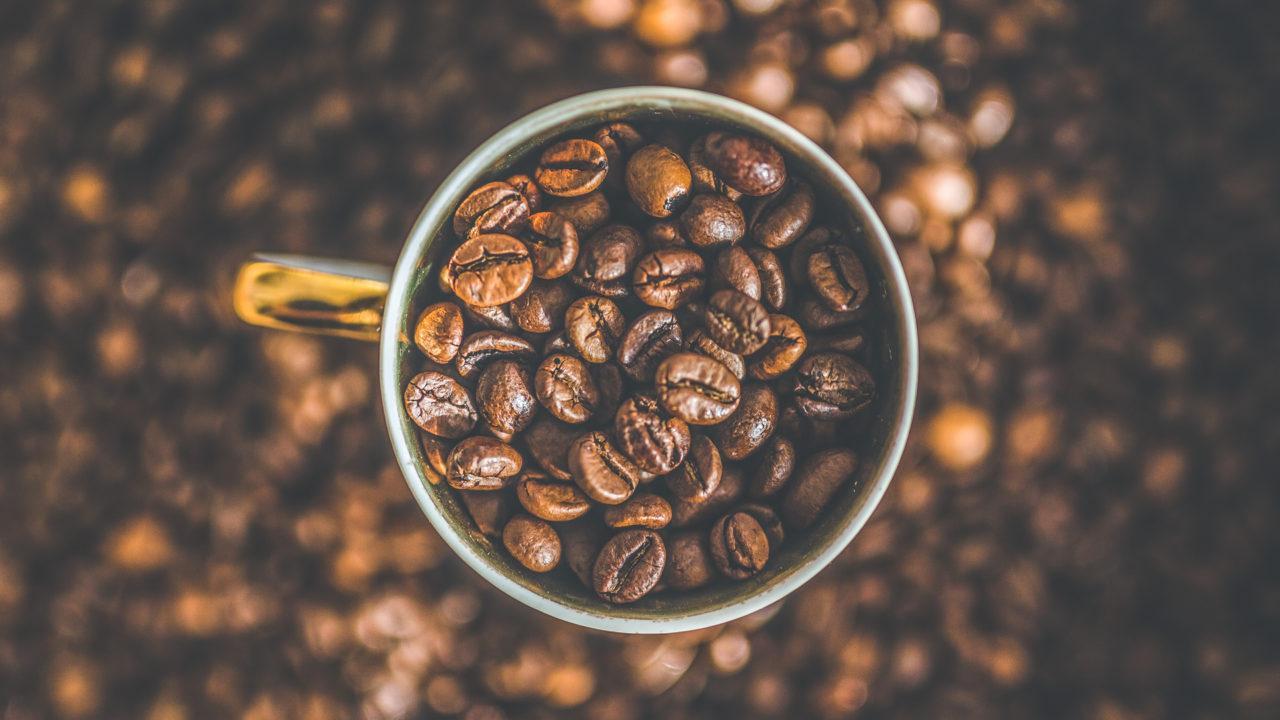 https://cimchorzow.pl/wp-content/uploads/2020/07/caffeine-coffee-cup-mug-134577-1280x720.jpg